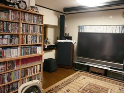 花丘建設ブログ-巨大テレビ