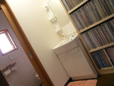 花丘建設ブログ-トイレと洗面所