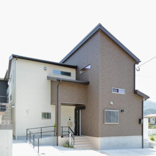 区画整理後の2世帯住宅